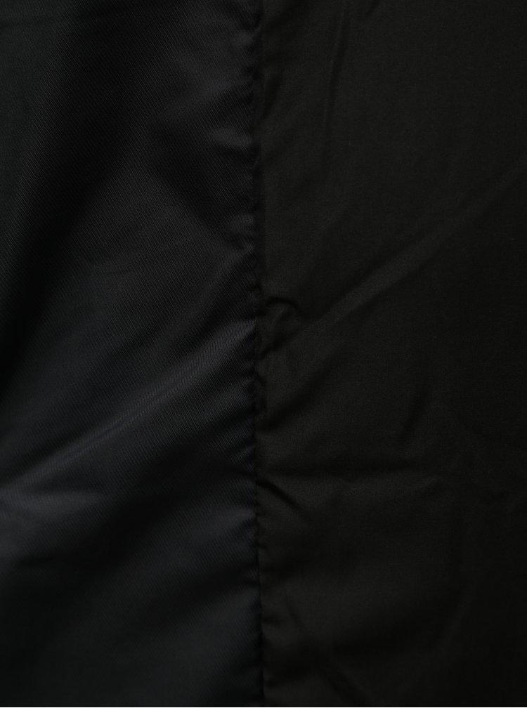 Geaca neagra matlasata cu gluga ONLY June