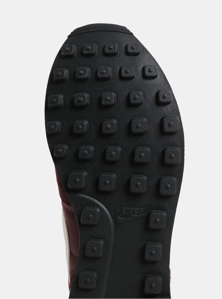 Fialové dámské tenisky se semišovými detaily Nike Internationalist