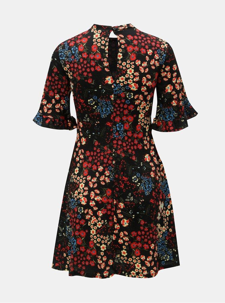 Červeno-černé květované šaty Miss Selfridge