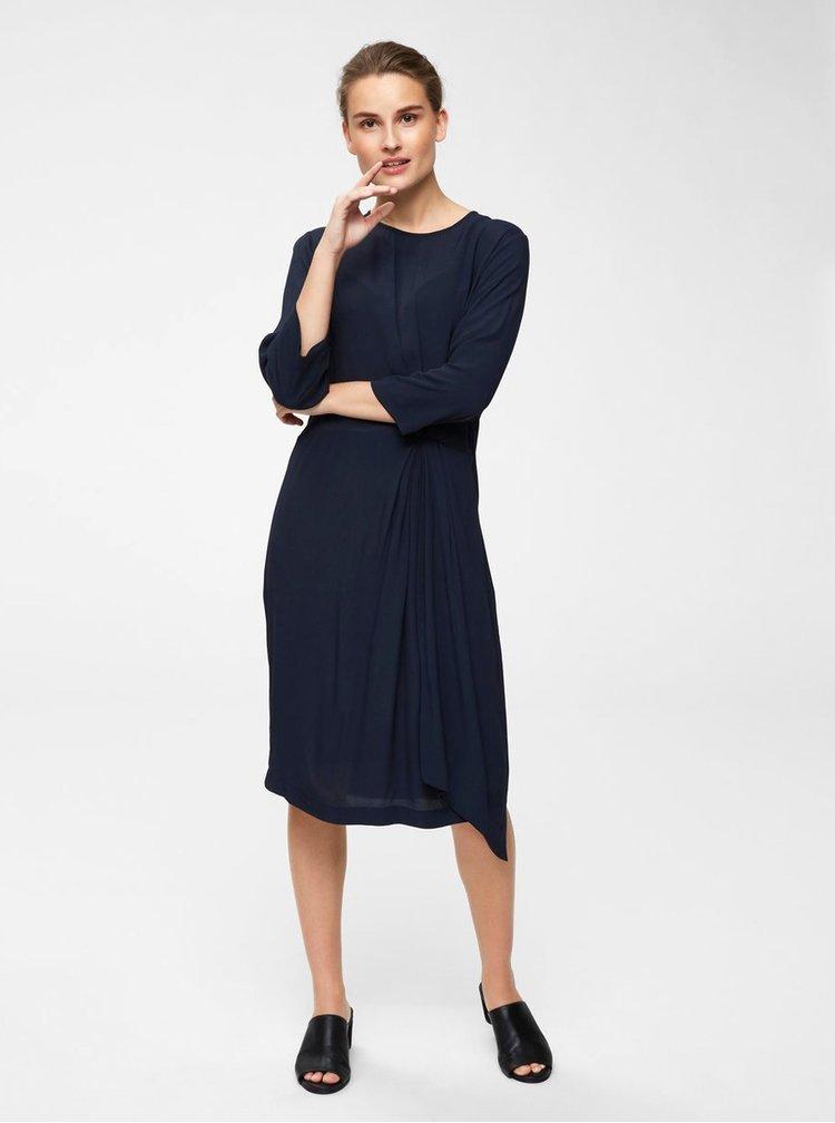 Tmavomodré šaty s riasením na boku Selected Femme Kiara