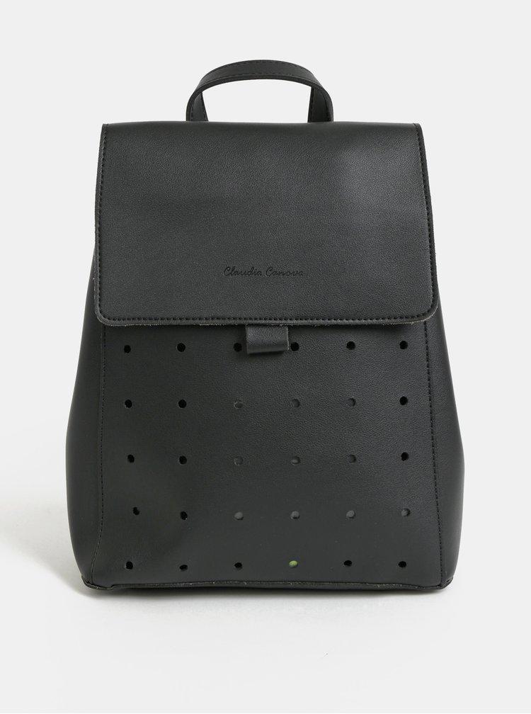 Čierny dierovaný batoh Claudia Canova Kalilah