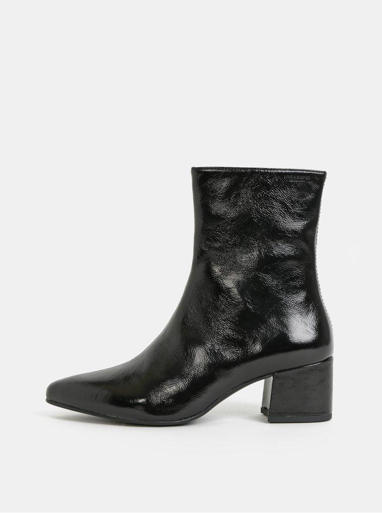Černé dámské kožené kotníkové boty Vagabond Mya