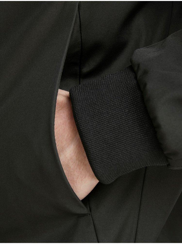 Jacheta neagra lejera impermeabila Jack & Jones Alu