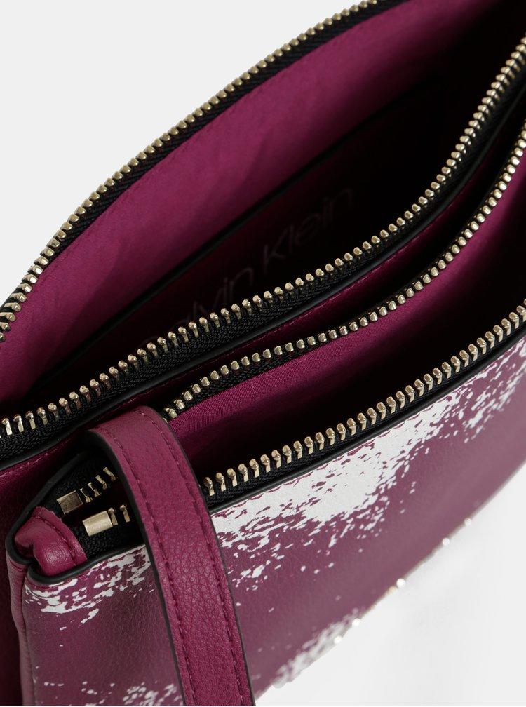Fialová crossbody kabelka Calvin Klein Jeans