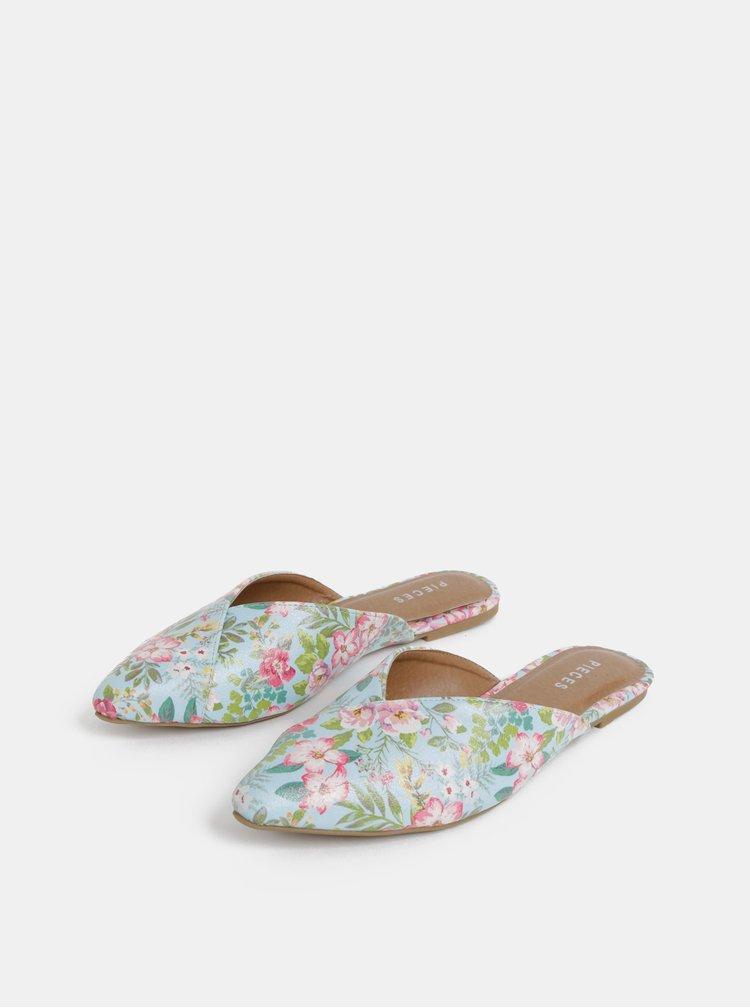 Světle modré květované pantofle Pieces Cameo