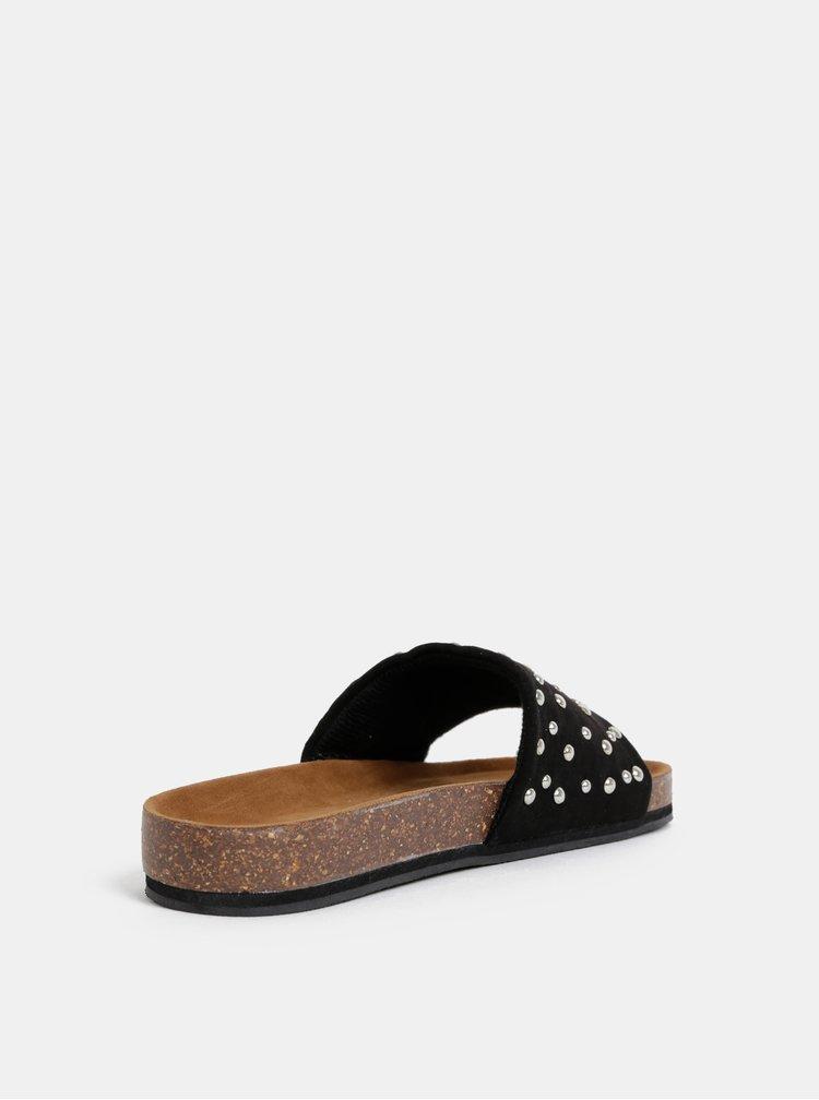 Černé pantofle v semišové úpravě s ozdobnými detaily Pieces Chava