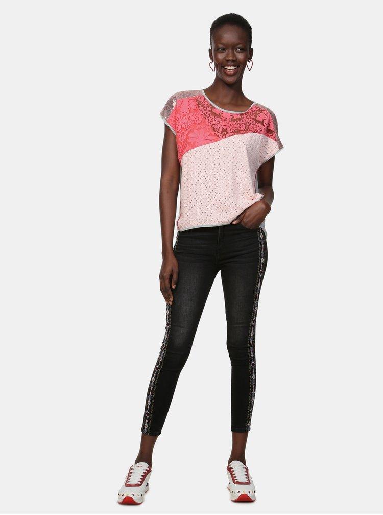 Sivo–ružové vzorované tričko s flitrami Desigual Potomac