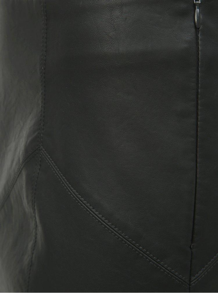 Černá koženková minisukně Noisy May Rebel