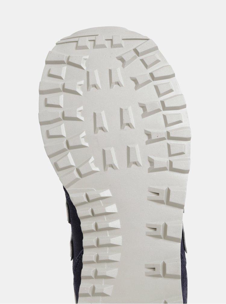 Pantofi sport barbatesti bej-albastru din piele intoarsa New Balance 574