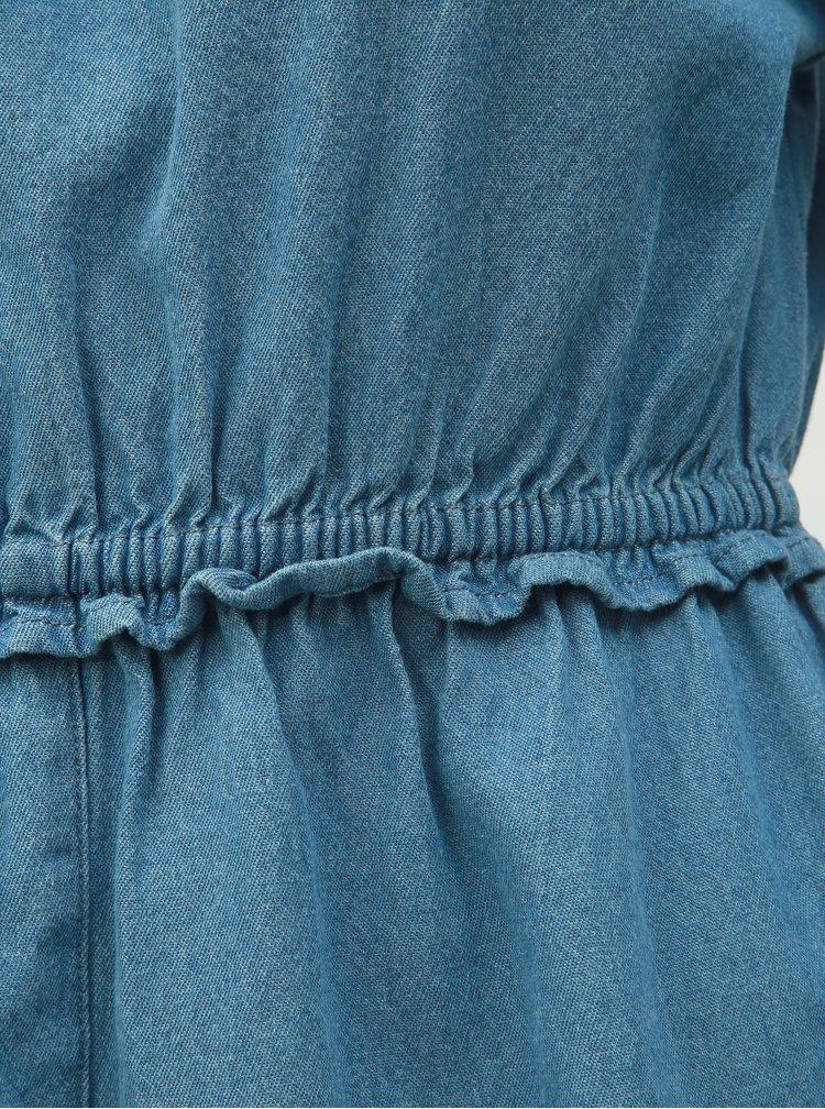 Modré džínové šaty s odhalenými rameny Miss Selfridge