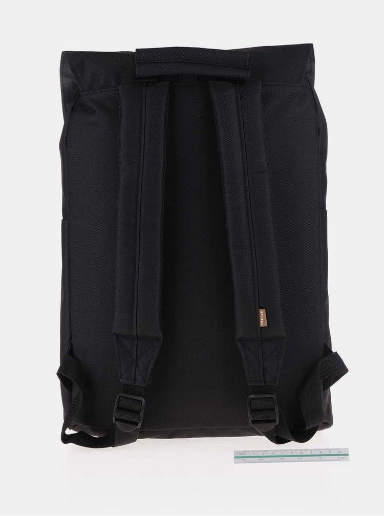 Čierny batoh so sponou na patent Spiral Tribeca 14 l