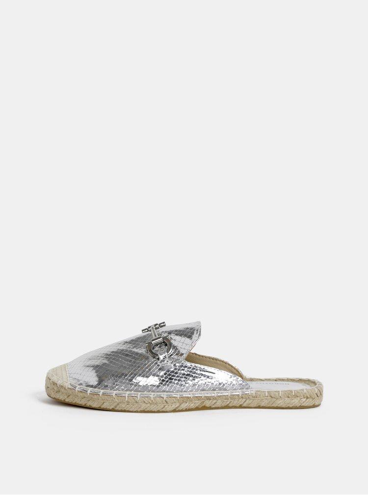 Pantofle ve stříbrné barvě Dorothy Perkins