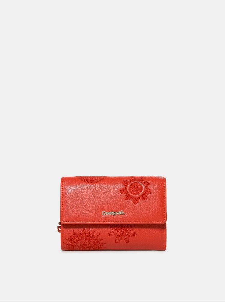 Červená vzorovaná peňaženka Desigual Dark Amber Alba