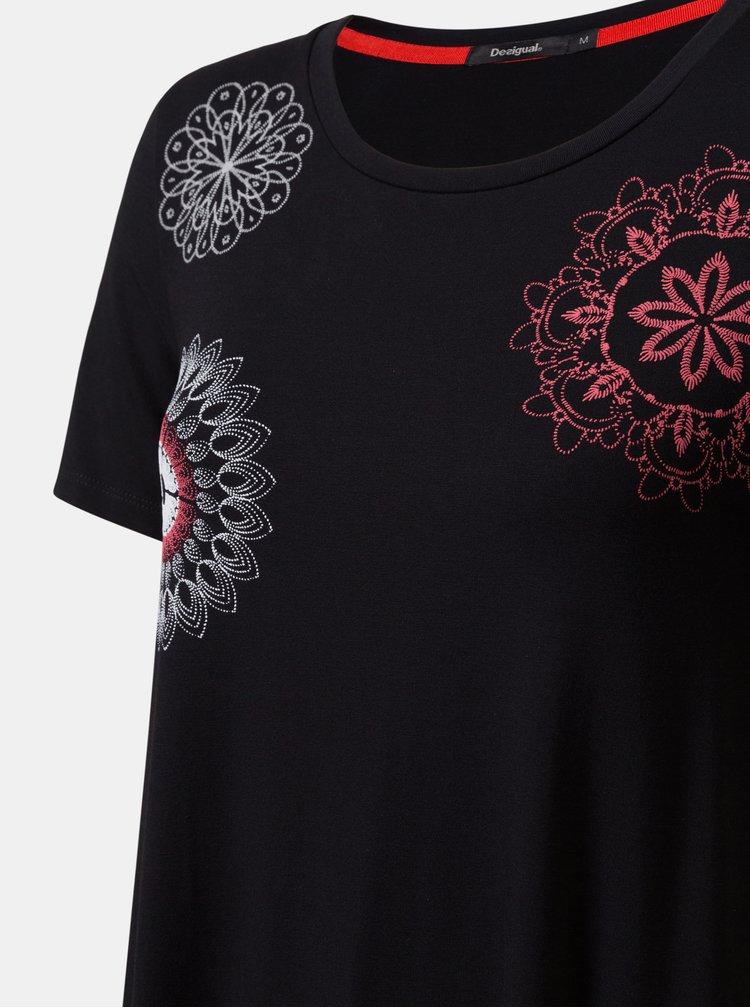 Černé šaty s potiskem Desigual Liricaa
