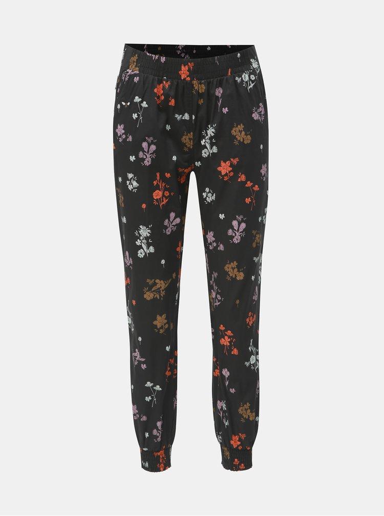 Čierne dámske kvetované nohavice Maloja Marietta