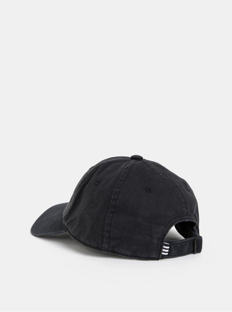 Černá kšiltovka s výšivkou adidas Originals Adic Washed