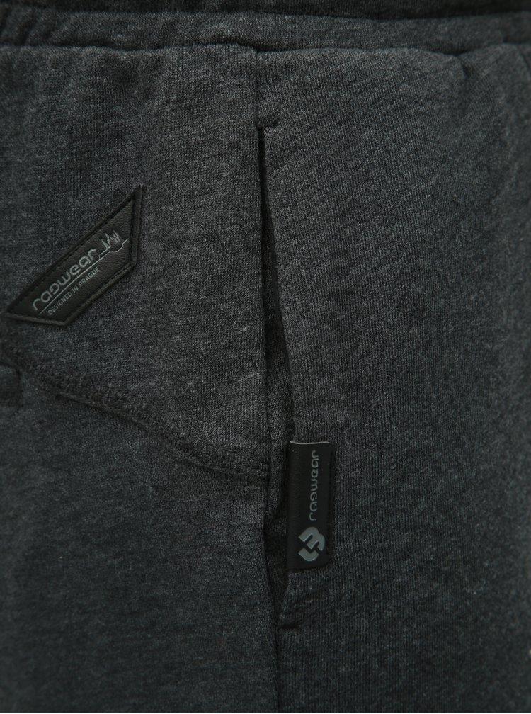 Tmavě šedé pánské teplákové kraťasy Ragwear Ryan
