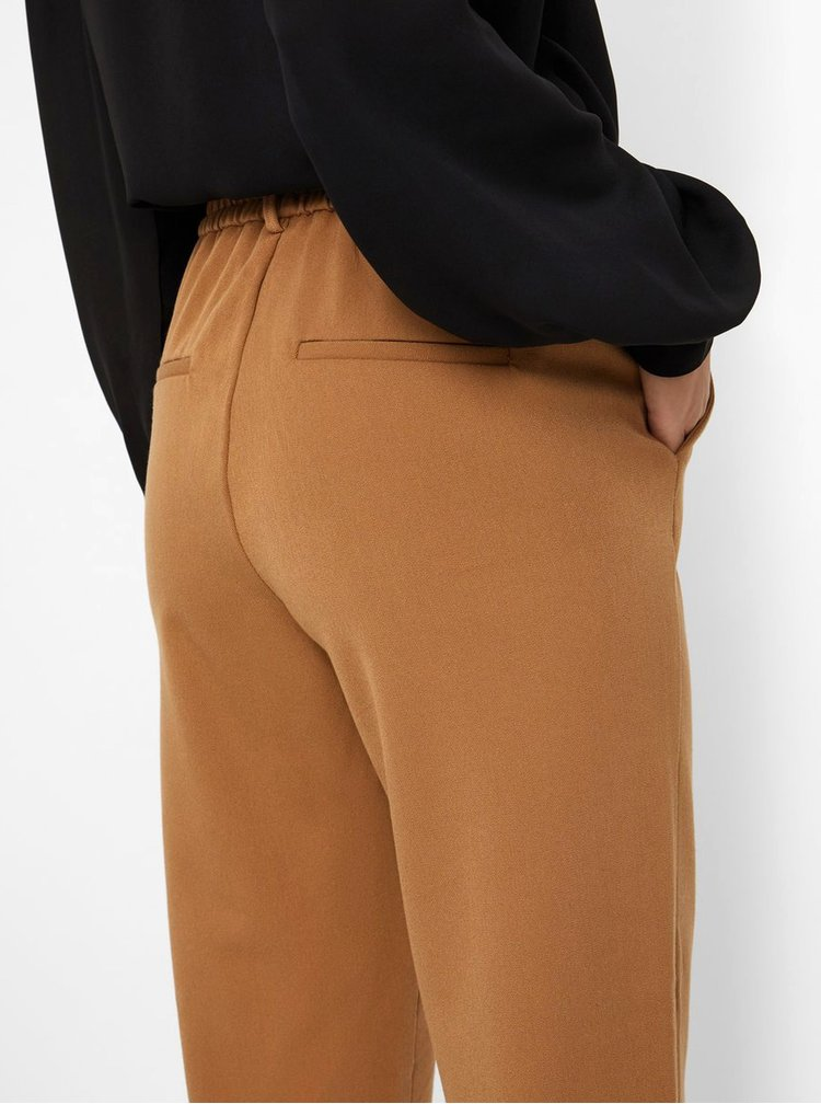 Hnědé kalhoty VERO MODA Maya