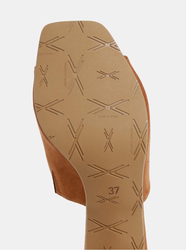 Hnědé pantofle na podpatku v semišové úpravě OJJU Nantes