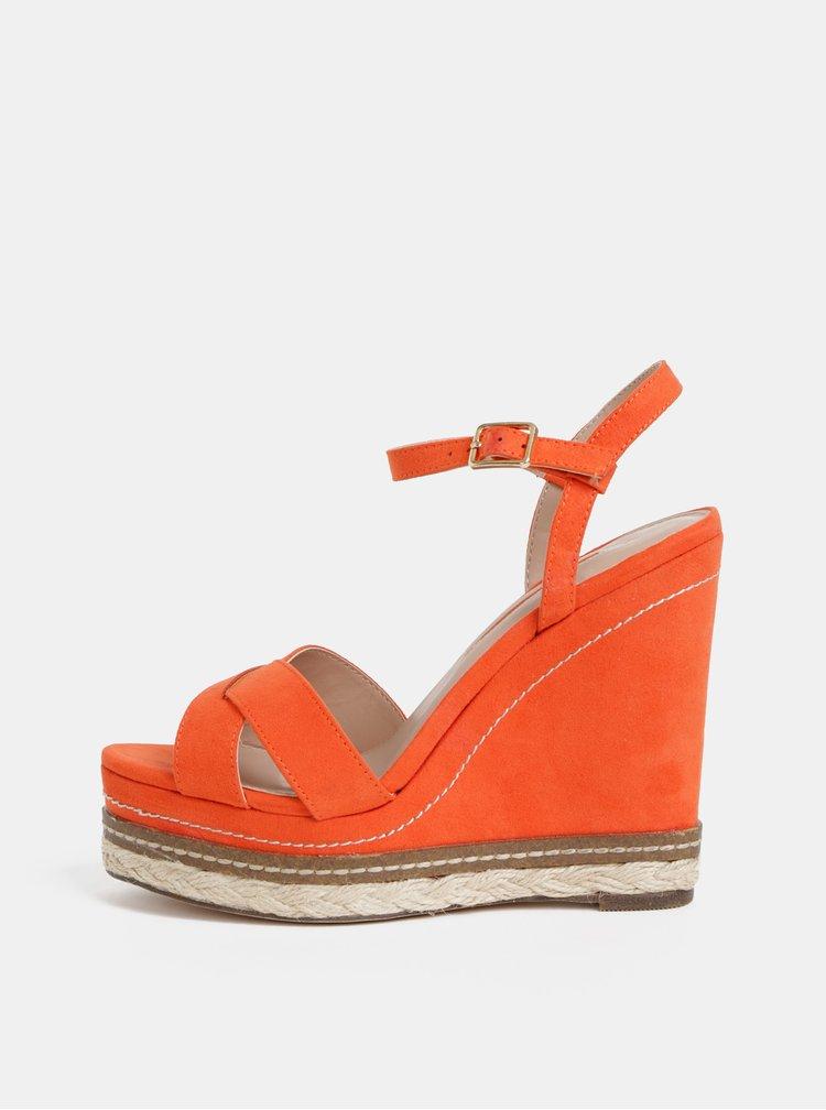 Sandale rosii cu aspect de piele intoarsa si platforma wedge Dorothy Perkins