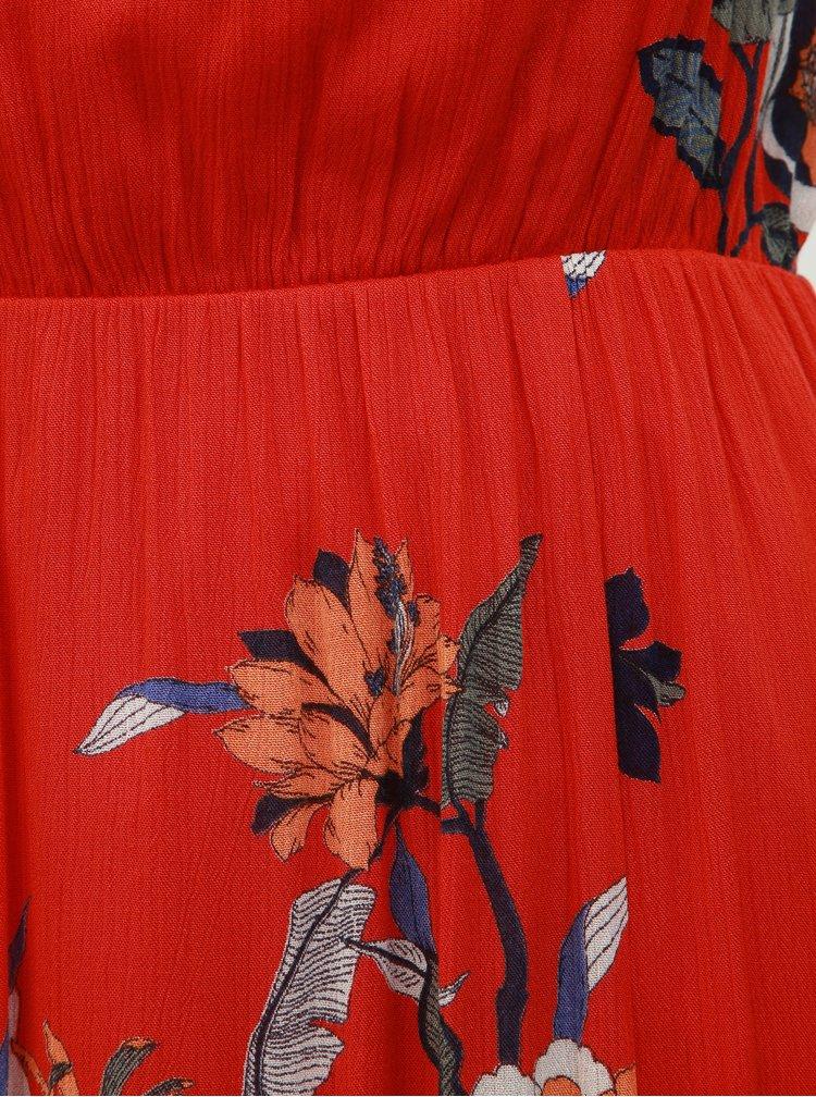 Červené kvetované maxišaty s prestrihom v dekolte VERO MODA Olina
