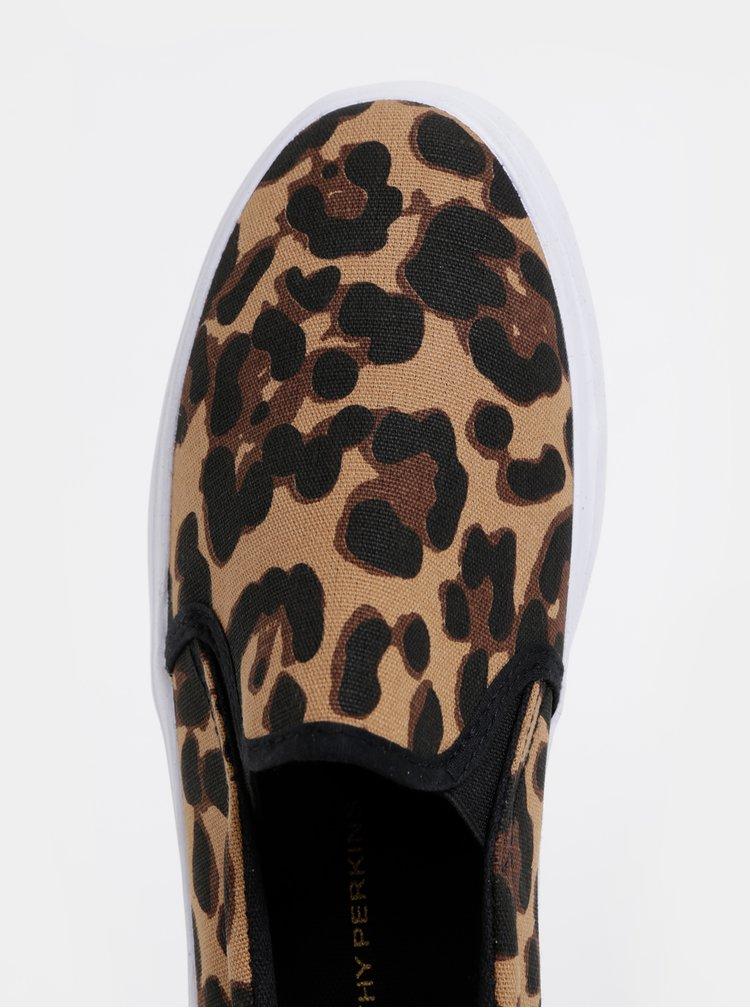 Pantofi slip on maro cu motiv leopard Dorothy Perkins