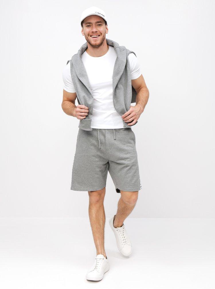 Šedé pánské kraťasy s potiskem na nohavicích Calvin Klein Jeans