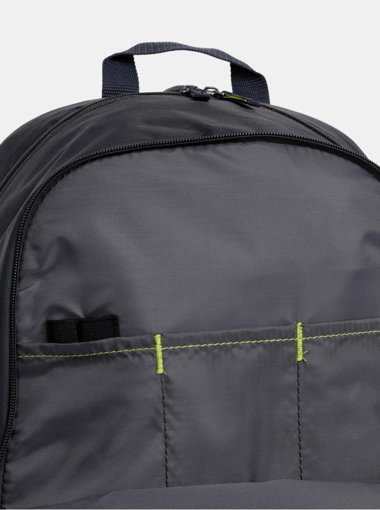 Tmavosivý batoh Case Logic 23 l