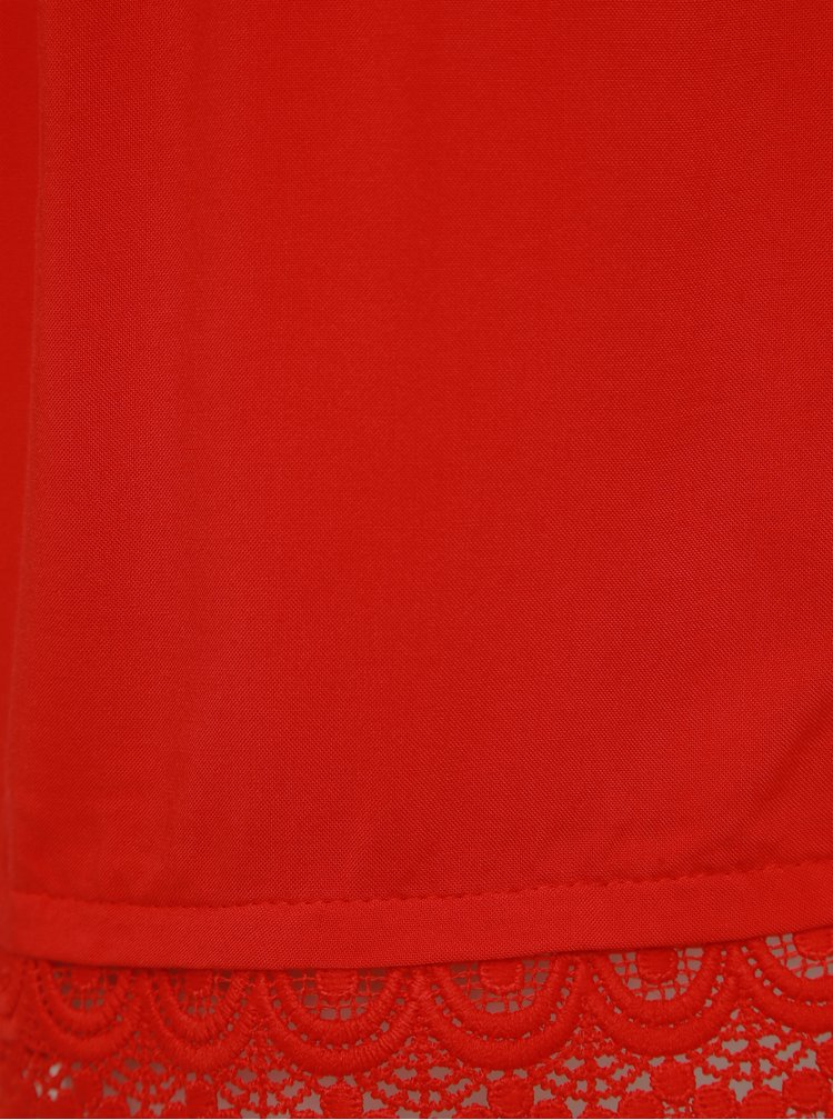Červené kraťasy s krajkou Jacqueline de Yong Famous