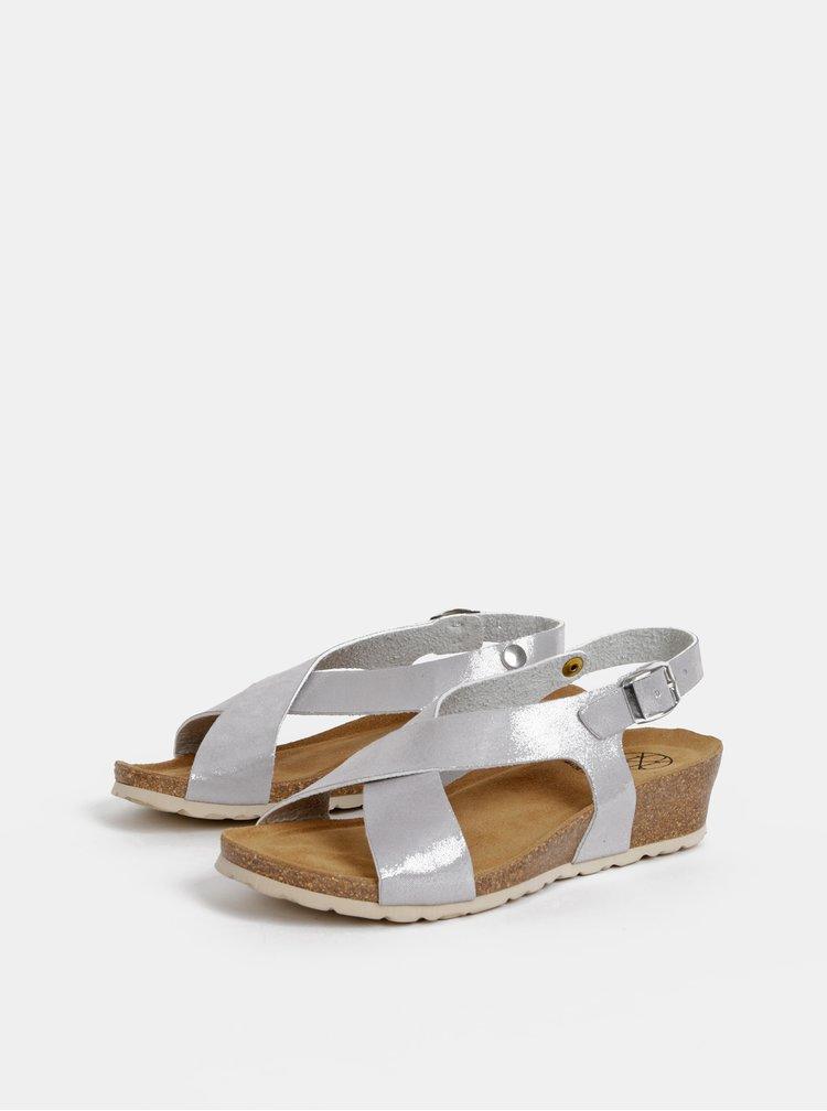 Sandály ve stříbrné barvě na klínku OJJU
