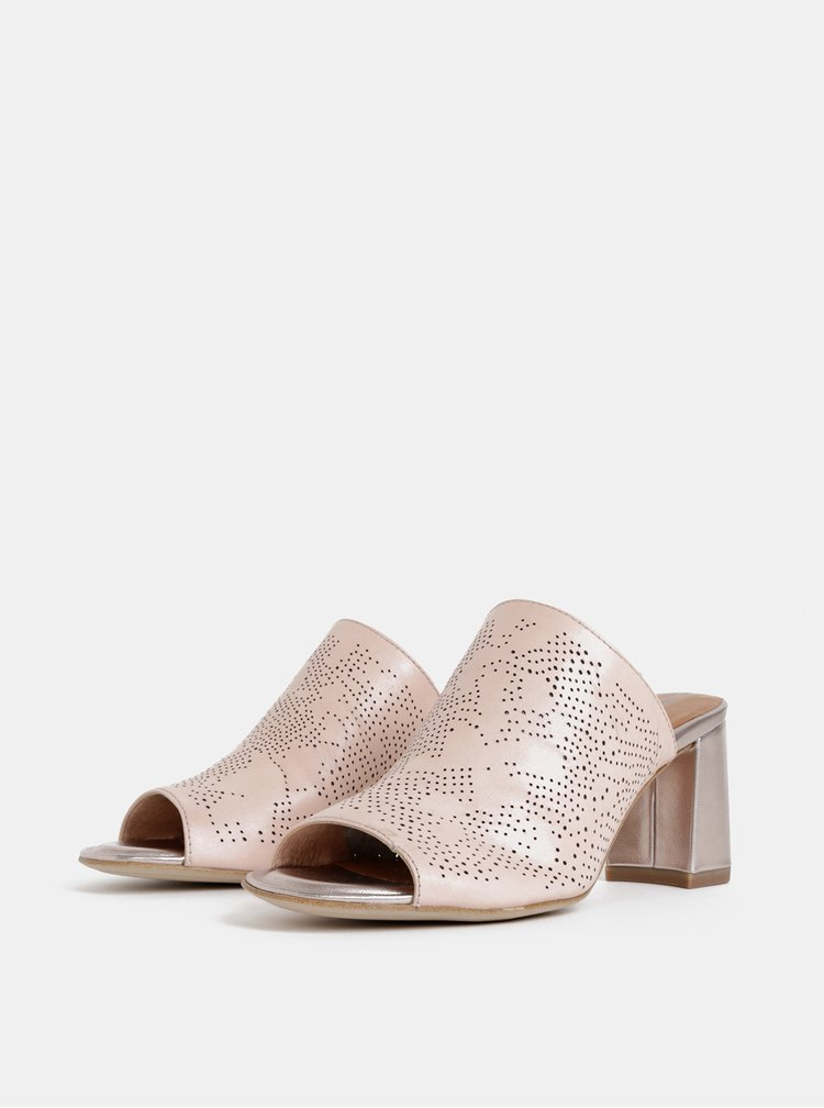 Světle růžové kožené pantofle na podpatku Tamaris
