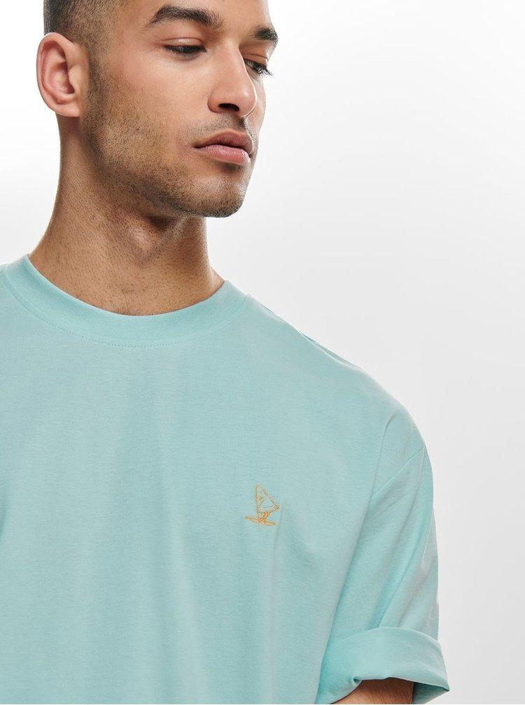 Světle modré oversize tričko ONLY & SONS Hurry