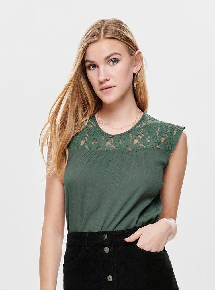 Zelený top s krajkovým sedlem ONLY Karmen