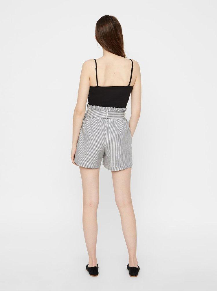 Pantaloni scurti  pentru femei VERO MODA - gri