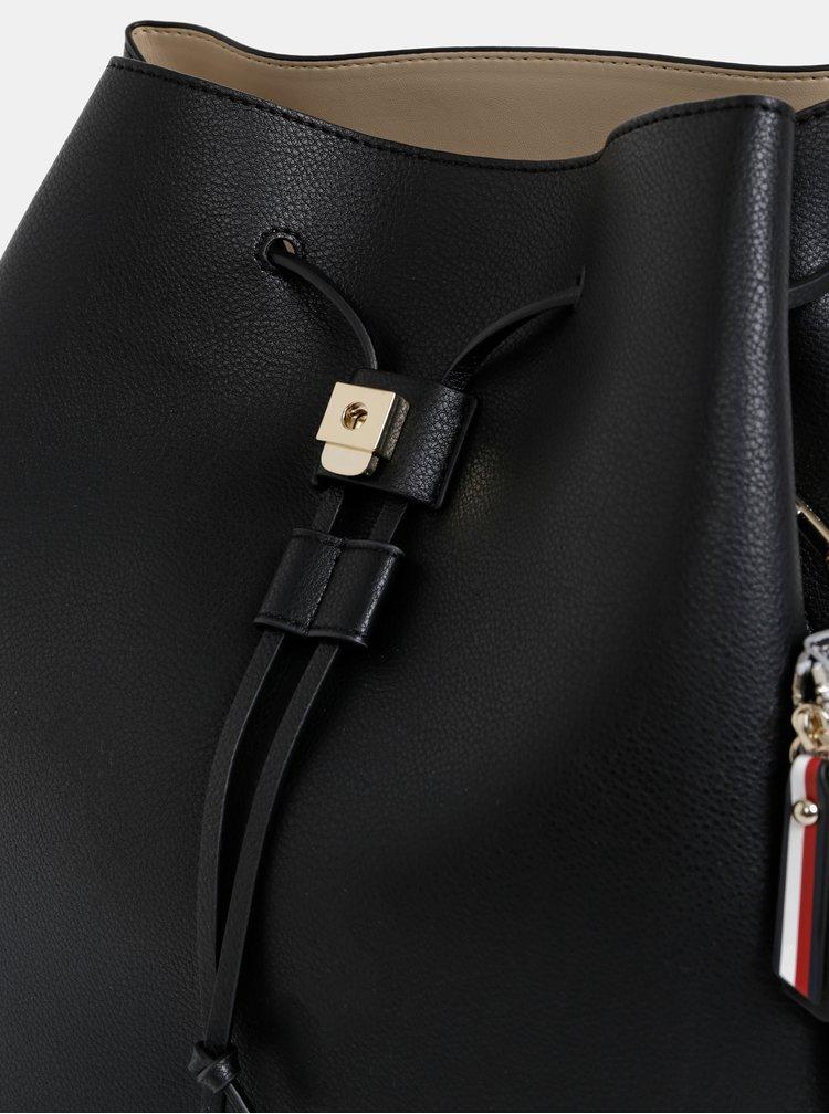 Černý batoh s peněženkou 2v1 Tommy Hilfiger Charming