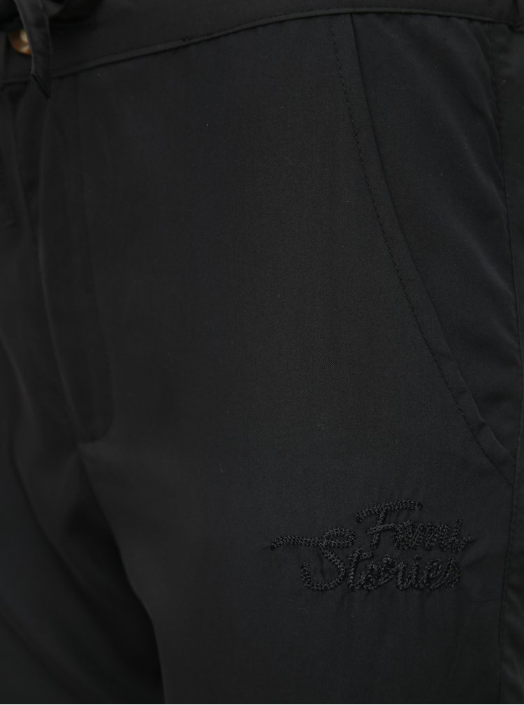 Čierne skrátené nohavice Femi Stories Tanna