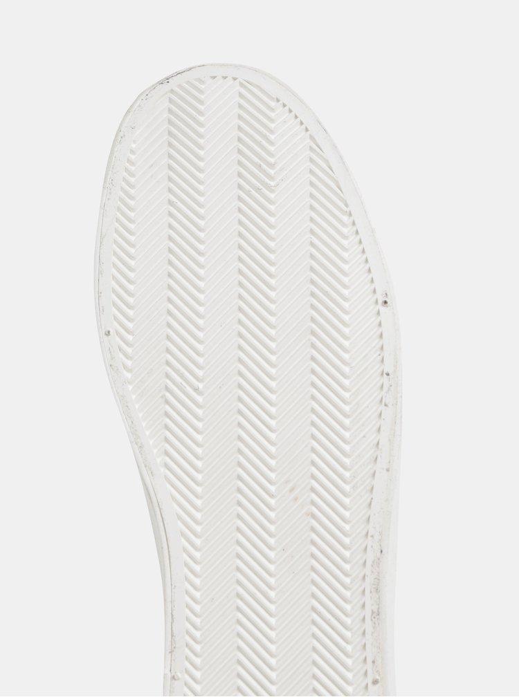 Bílé slip on s krokodýlím vzorem Dorothy Perkins