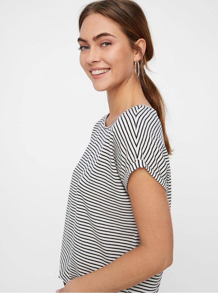 Čierno–biele pruhované basic tričko AWARE by VERO MODA Mava