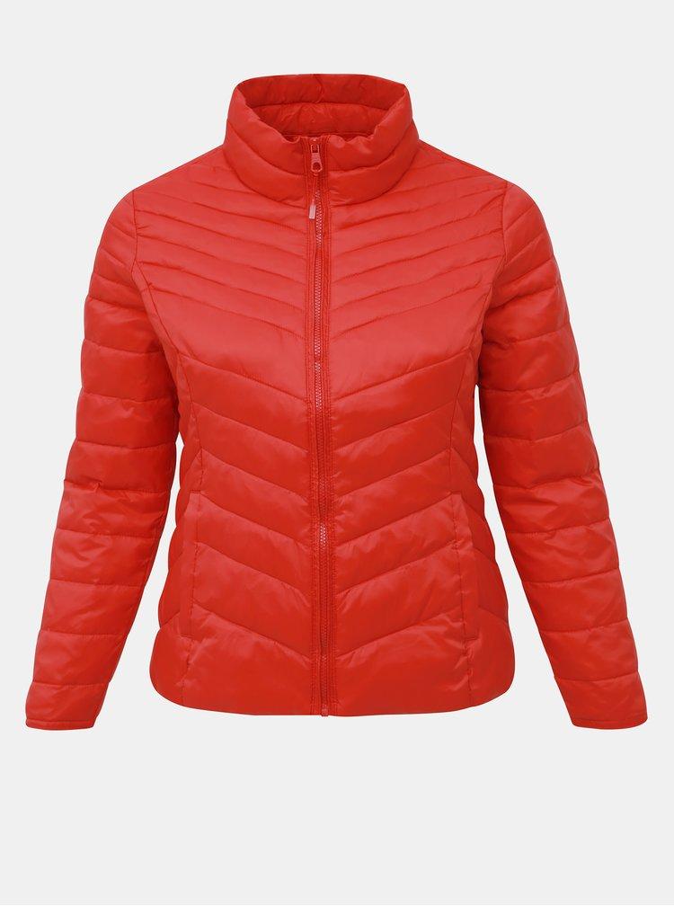 Červená prešívaná ľahká bunda ONLY CARMAKOMA Demi