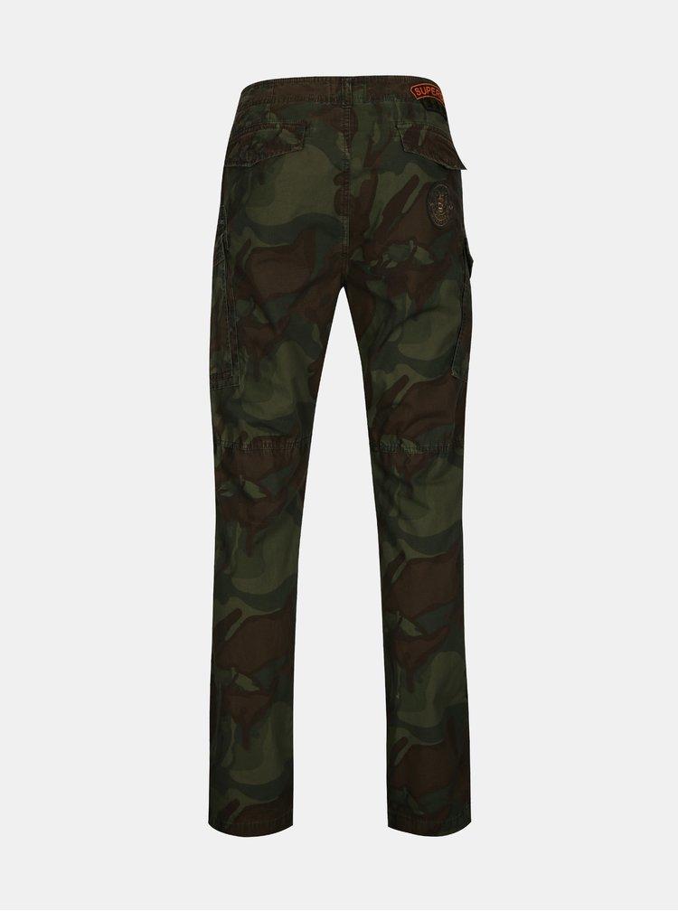 Zelené pánské maskáčové kalhoty Superdry