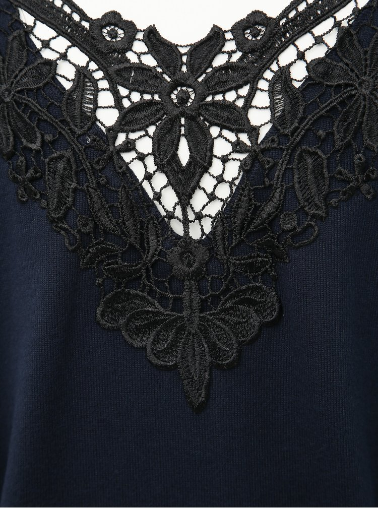 Tmavomodrý sveter s krajkou Jacqueline de Yong Kalli
