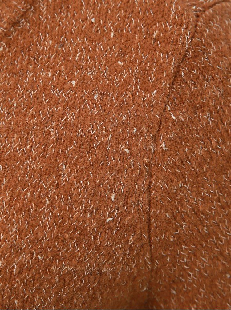 Hnědý vzorovaný svetr VERO MODA Akua