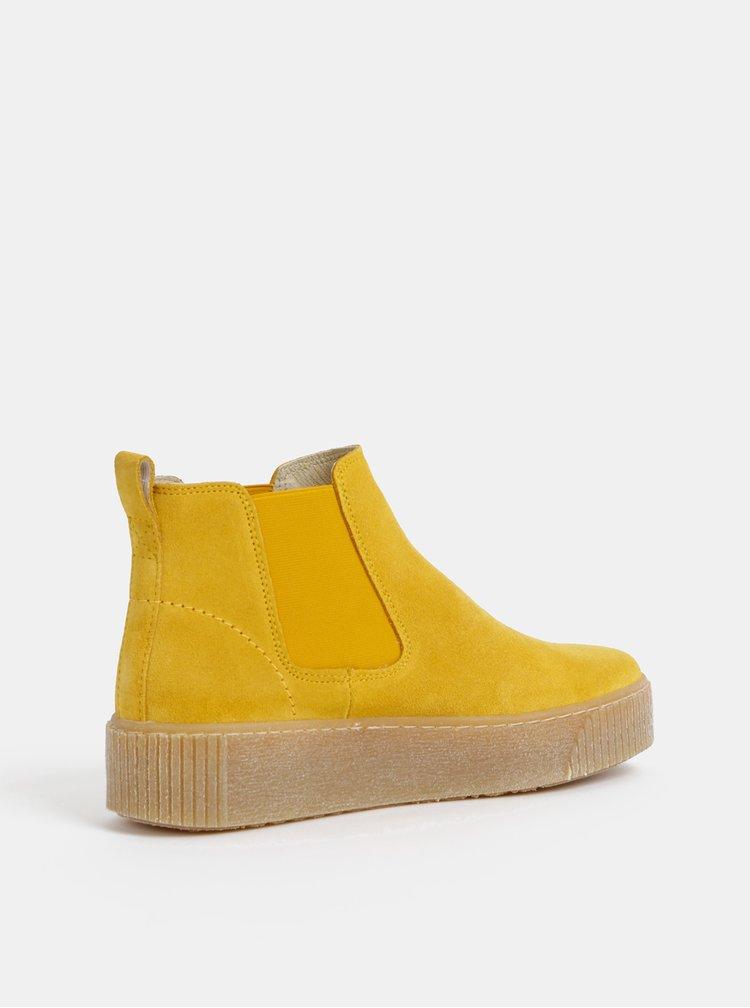 Žlté semišové chelsea topánky Tamaris