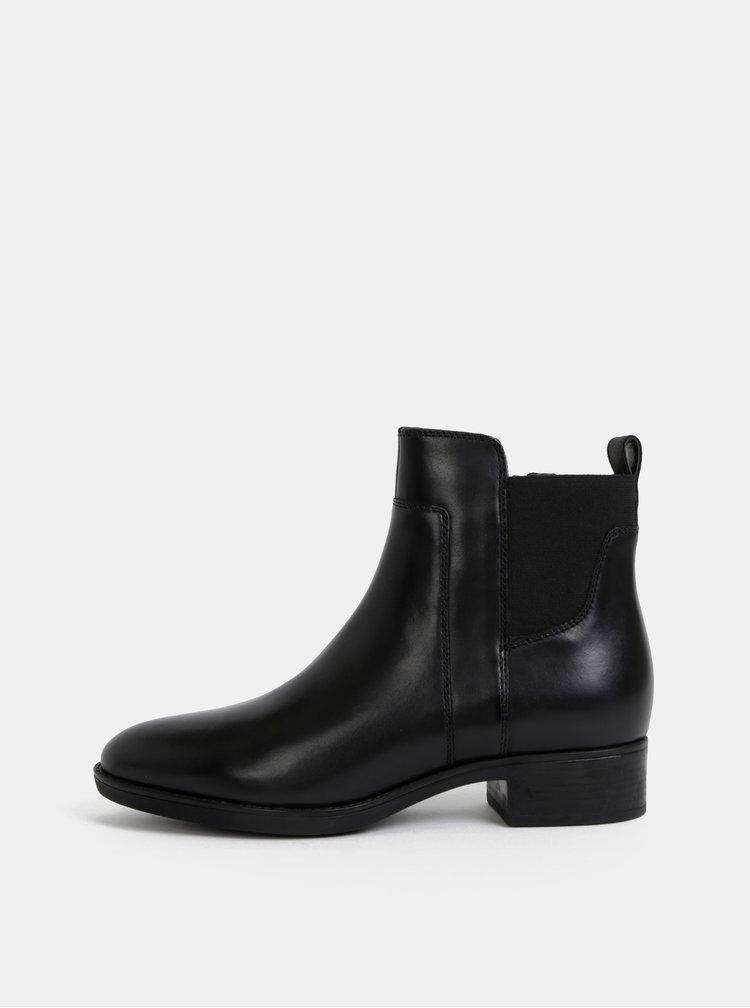 Čierne dámske kožené kotníkové topánky Geox Felicity