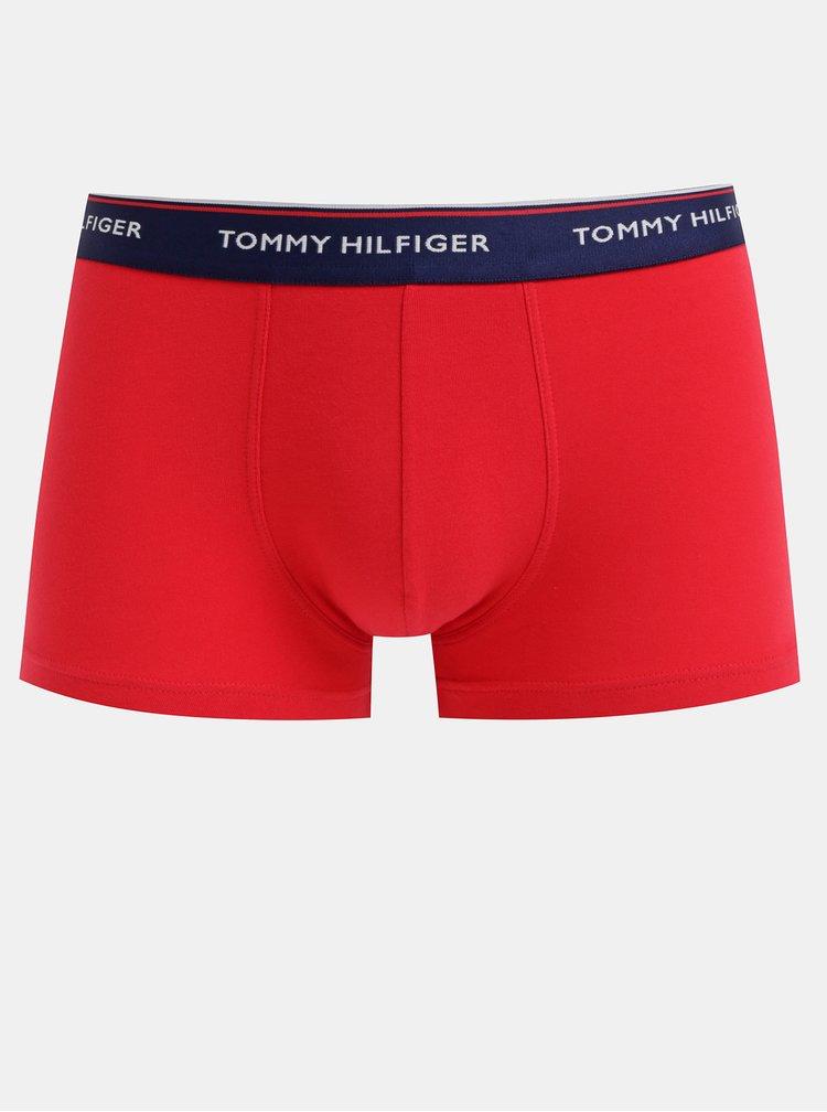 Sada troch boxeriek v modrej a červenej farbe Tommy Hilfiger