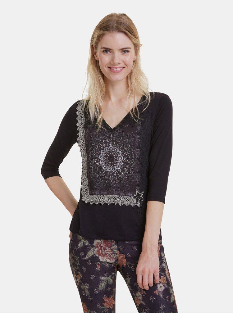 Černé vzorované tričko Desigual Ivette