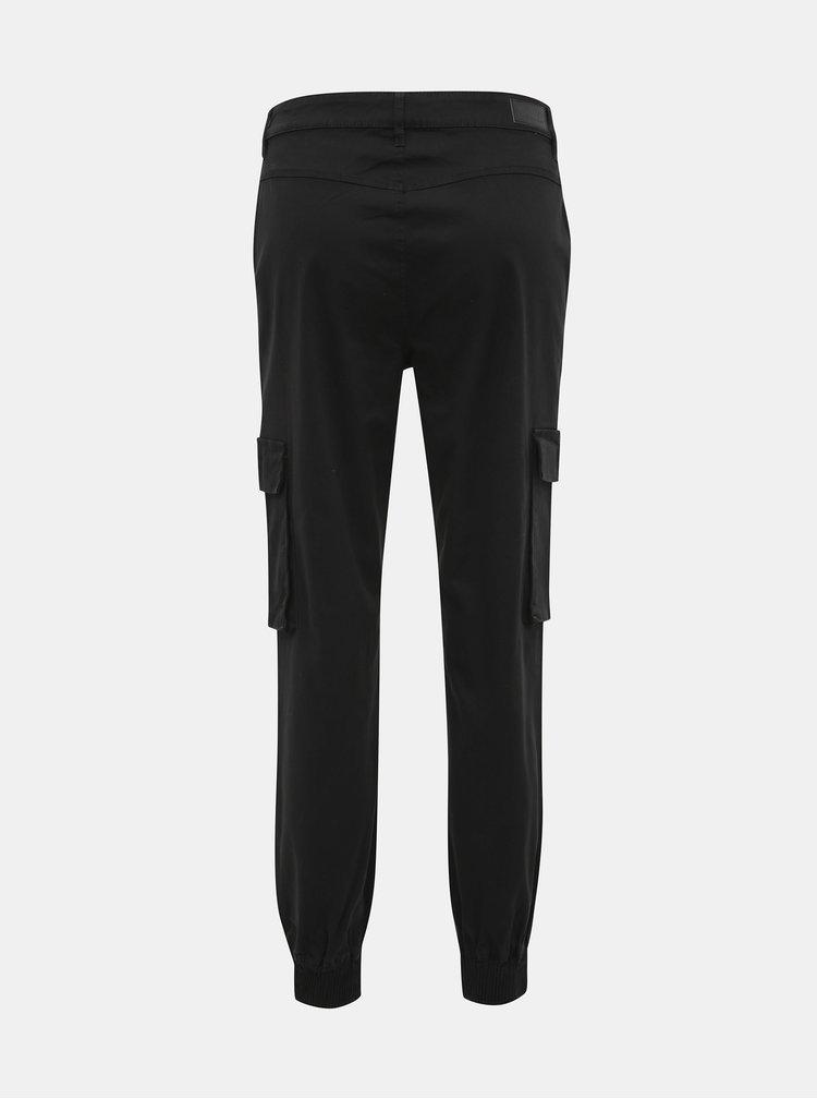Čierne skrátené nohavice s vreckami ONLY Betsy