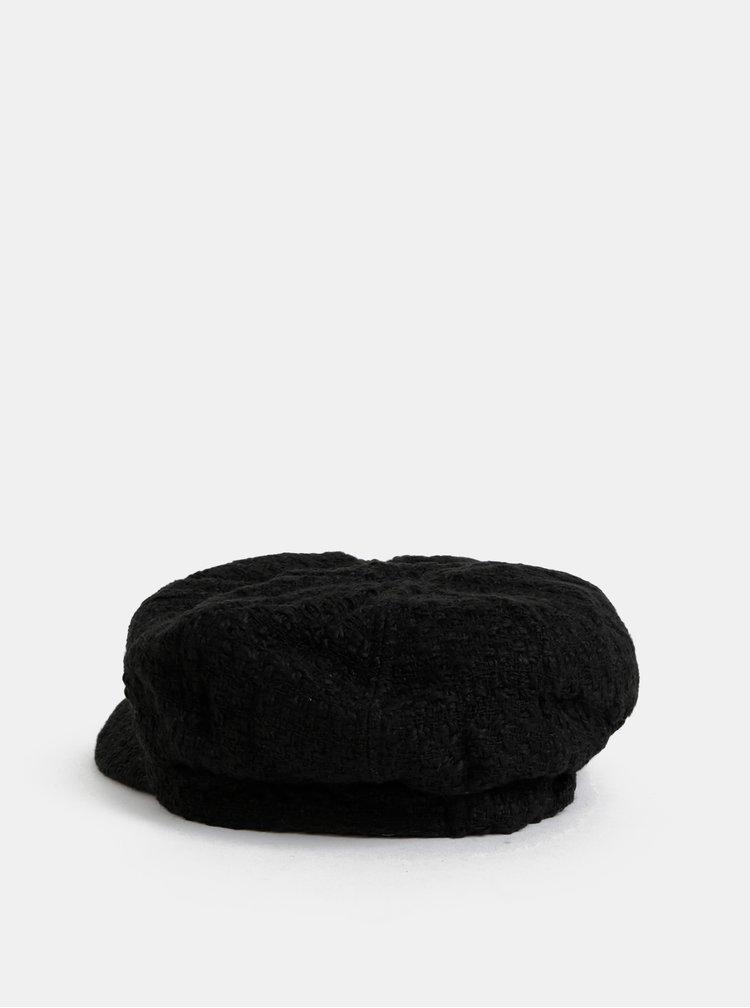 Černá kapitánská čepice Dorothy Perkins