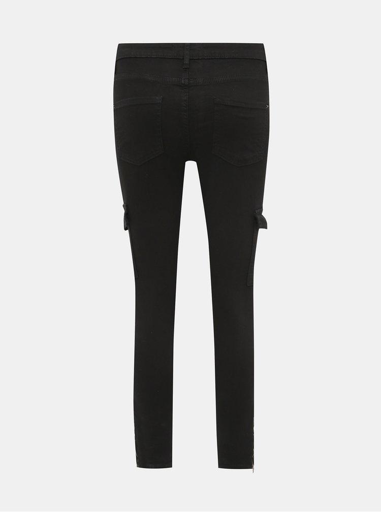 Čierne skinny fit skrátené nohavice s vreckami Dorothy Perkins Darcy