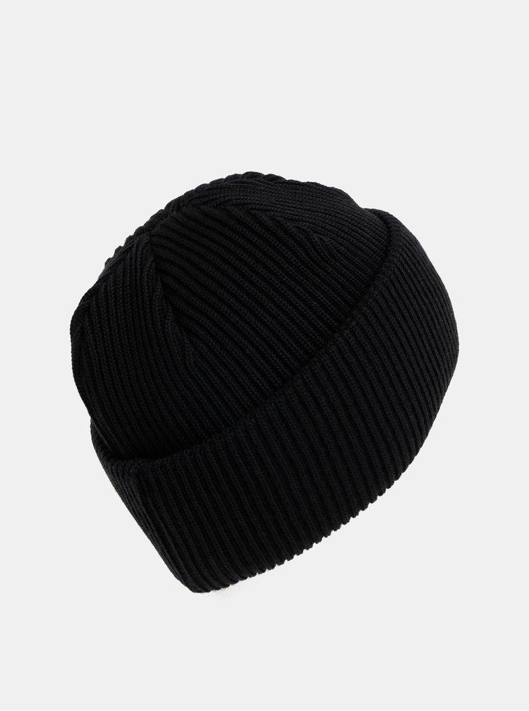 Černá čepice z Merino vlny  Makia Merino